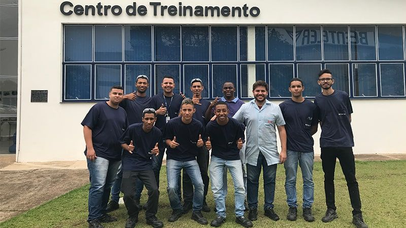 A group of BENTELER employees in front of the training center